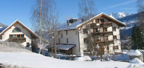 hotel-ucliva-winter1_front_gallery_first